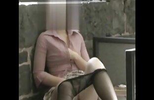 Starker Orgasmus reife frauen free auf dem Billardtisch