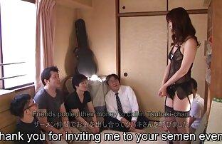 Freche amateur Brünette nimmt sex video ältere frauen fünf große Schwänze auf einmal