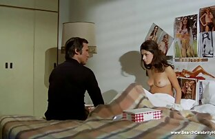 Exhibitionist Lance reife frauen mit schönen brüsten Wichsen Außerhalb